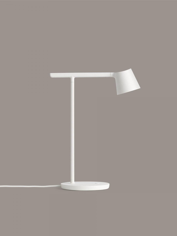 Tip-lamp-white-Muuto_6155x5469_(150)